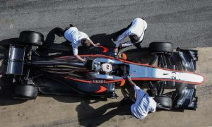 Button: 'too much information' from sensors harms F1