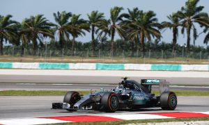 Hamilton hits trouble as Rosberg sets pace
