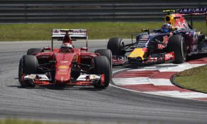 Horner wants to put pressure on Williams and Ferrari