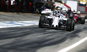 Bottas eyes Ferrari despite Massa error