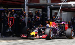 Ricciardo disappointed with Red Bull updates