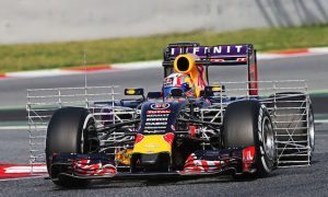 Red Bull must 'throw caution to the wind' - Horner