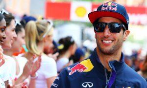 Ricciardo back on winning turf