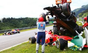 Alonso explains how 'very strange' Raikkonen crash unfolded