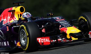 Ricciardo 'pleased' with quali despite straightline gap
