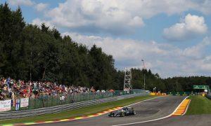 Dominant Hamilton secures pole as Vettel struggles