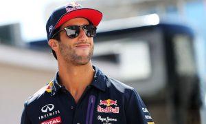 Ricciardo happy to leave Sochi spotlight to Kvyat