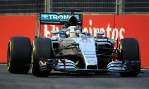 Hamilton at a loss to explain Mercedes deficit