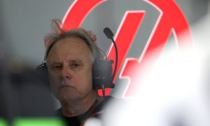 'There are a lot of whiners in F1' - Haas