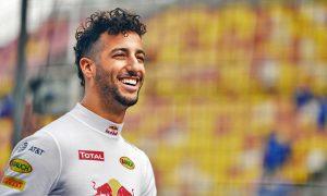 Ricciardo struggling to find his balance in Shanghai