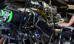 Brawn calls on F1 to change engine path
