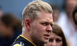 I will keep my options open - Magnussen