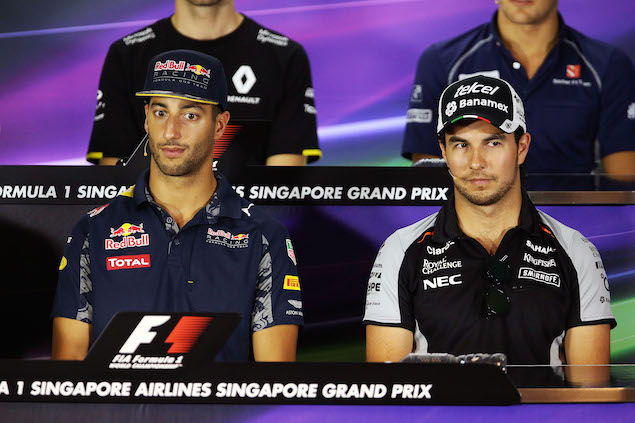 (L to R): Daniel Ricciardo (AUS) Red Bull Racing with Sergio Perez (MEX) Sahara Force India F1 in the FIA Press Conference. 15.09.2016. Formula 1 World Championship, Rd 15, Singapore Grand Prix, Marina Bay Street Circuit, Singapore, Preparation Day. - www.xpbimages.com, EMail: requests@xpbimages.com - copy of publication required for printed pictures. Every used picture is fee-liable. © Copyright: Photo4 / XPB Images