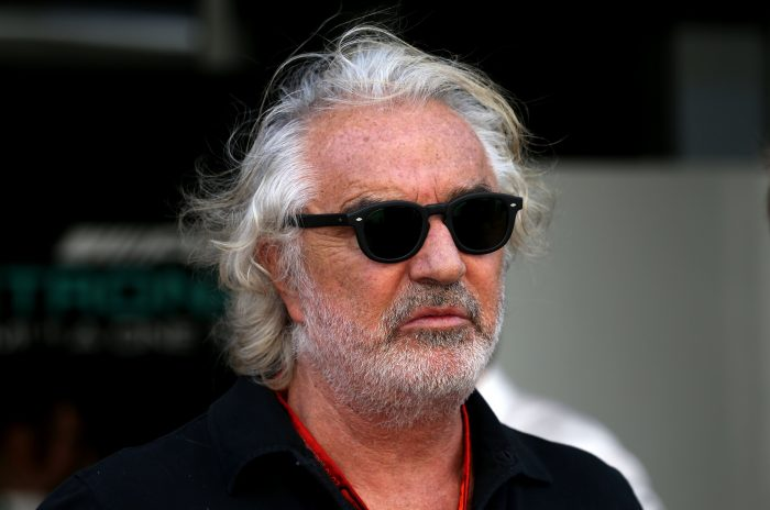 Briatore backs Hamilton to win title