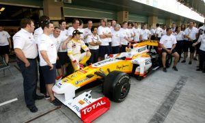 Renault may bid for Alonso's services, but with conditions