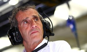 Prost: 'Ridiculous to talk about seven titles for Hamilton'