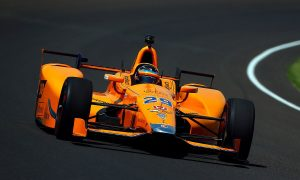 McLaren rules out second IndyCar race for Alonso in 2017