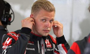 Magnussen happy at Haas - but willing to look at top teams too