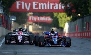 """McLaren confirme que Sainz est une """"option"""" pour 2018"""