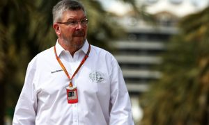 Plans to improve overtaking fail to excite F1 teams