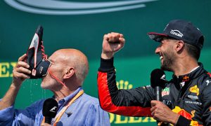 Hard fought podium for Ricciardo deserves a 'shoey'