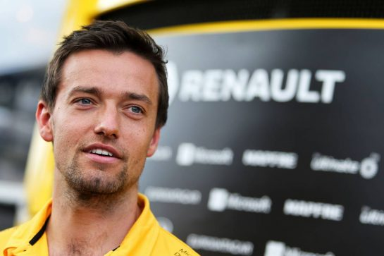 Jolyon Palmer (GBR) Renault Sport F1 Team.