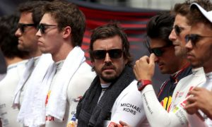 Alonso still not ready to decide his future
