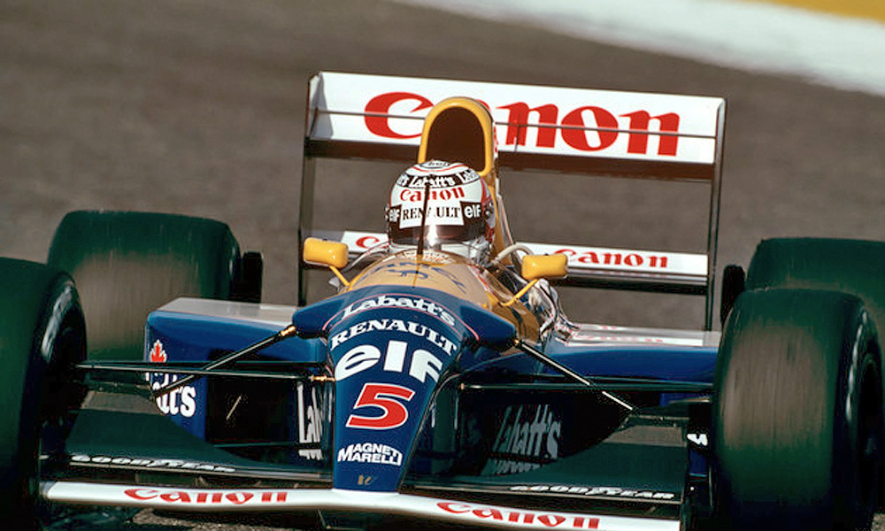 Nigel Mansell on course to winning the 1992 Portugal Grand Prix with Williams.