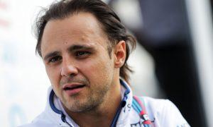 Lowe séduit par Massa