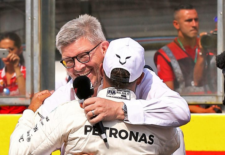 Lewis Hamilton (Mercedes) and Ross Brawn, qualifying, Belgian Grand Prix