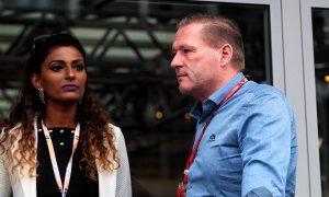 """Verstappen père : """"Inadmissible de la part d'un top team"""""""