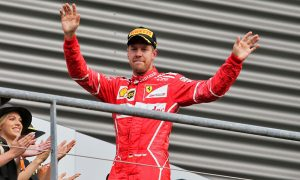 Vettel 'too close' to successfully pass at restart