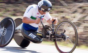 Zanardi claims Para-cycling world title!