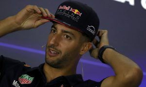 Renault wanted Ricciardo, settled for Sainz in engine deal!