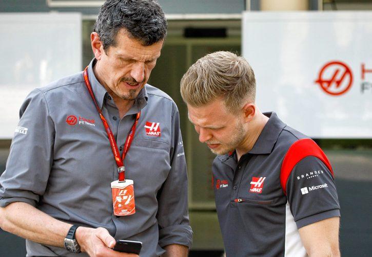 Guenther Steiner, Kevin Magnussen, Haas F1 Team