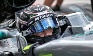 Bottas pips Hamilton as Mercedes stay top in Monza