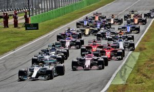Start of the Italian Grand Prix at Monza, after nine drivers affected by grid penalties.