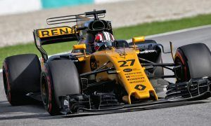 Hulkenberg overcomes balance issues to qualify in top ten