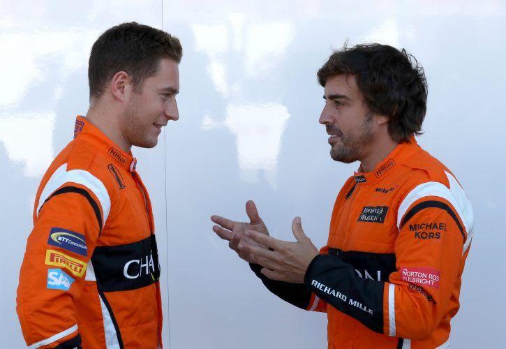 Fernando Alonso prolonge jusqu'en 2018 avec McLaren