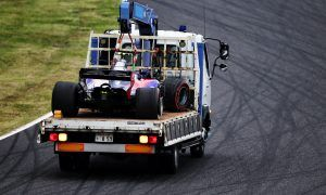 Sainz sent down the grid with engine penalty