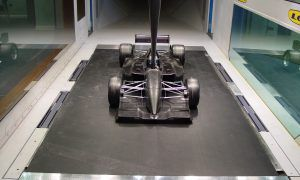 Lola's state-of-the-art wind tunnel hits the market