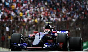 Gasly trims the aero in search for points in Brazil