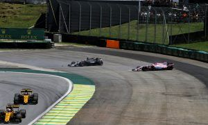 Massive hit and puncture caused first lap collision - Grosjean