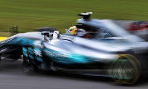 Hamilton thrilled by high speeds at Interlagos