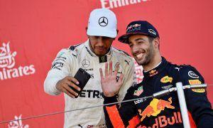 Ricciardo ready 'to go up' against Hamilton at Mercedes
