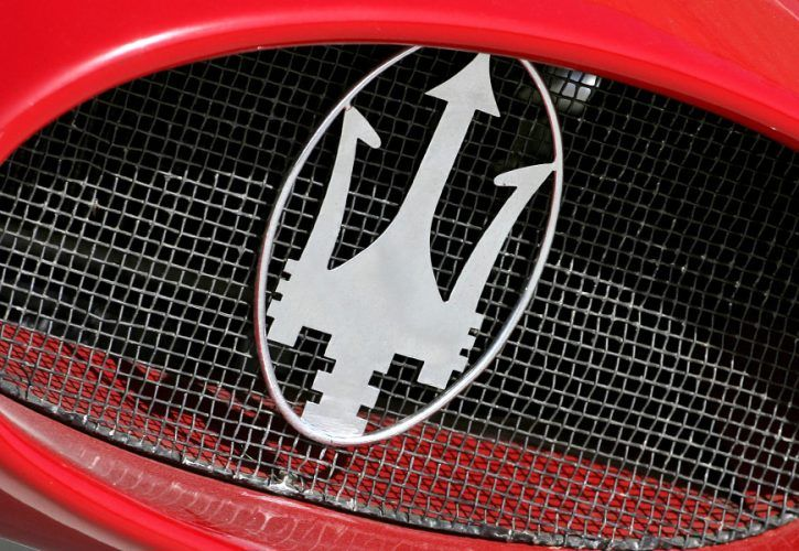 Maersati 250F - front grill and logo