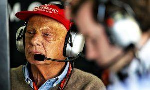 Steady as he goes, Lauda is making progress