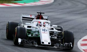 Leclerc weighs potential of new Sauber after first test