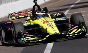 Bourdais wins IndyCar opener after dramatic final rush!
