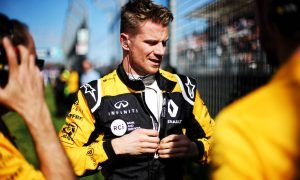 Nico Hulkenberg (GER) Renault Sport F1 Team on the grid.